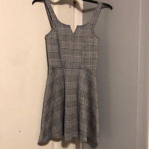 Dresses & Skirts - Plaid dress